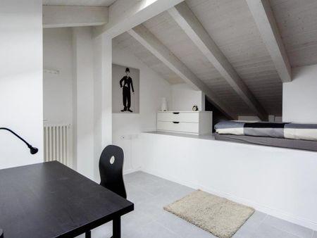Alluring single bedroom in Cirenaica