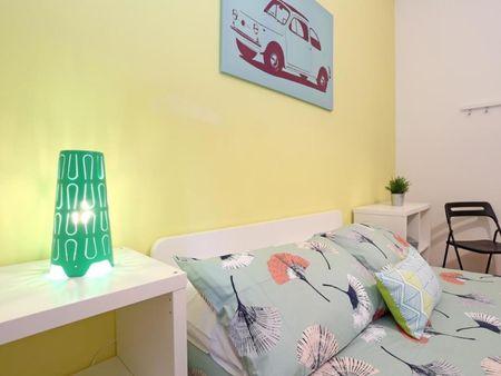 Comfy double bedroom in Quartiere XV Della Vittoria