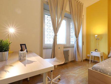 Tasteful double bedroom in Garbatella