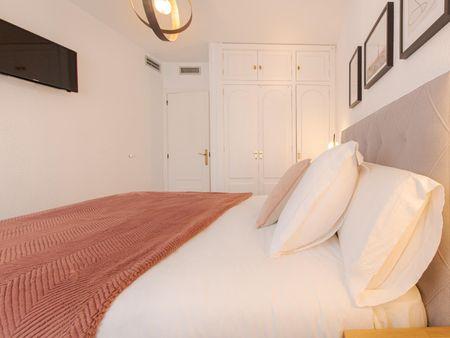 Modern 3-bedroom apartment in central Mercado neighbourhood