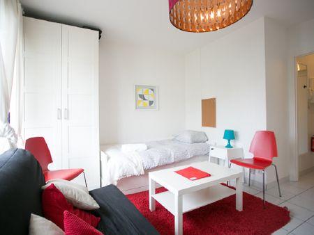 Comforts of Home- 36 rue des Cévennes