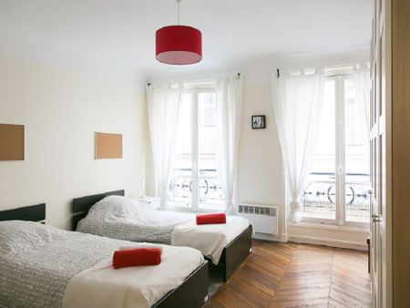 Comforts of Home - 168 Boulevard Saint-Germain