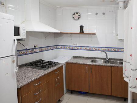 Cheerful 2-bedroom student apartment near University of Cádiz's main campus