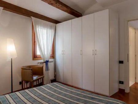 Cozy 1-bedroom apartment near Chiesa di San Francesco della Vigna