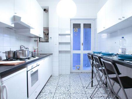 Bright and comfortable double bedroom near Città Studi
