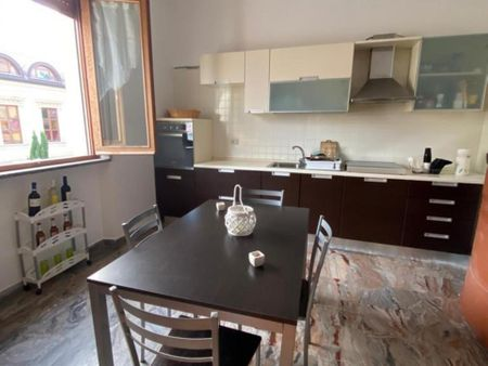 Single bedroom in a 3-bedroom apartment near Palazzo Corrado Alvaro