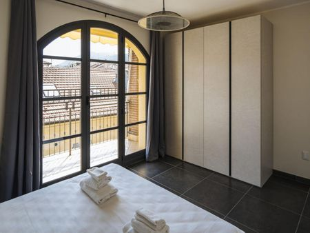 Cool 3-bedroom apartment in Savona
