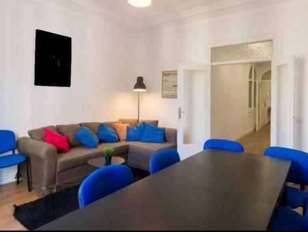 Neat single bedroom in Sant Gervasi - Galvany