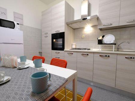 Double bedroom in a 6-bedroom flat, near Università degli Studi di Sassari