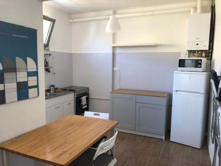Double bedroom in a 4-bedroom apartment near Parrocchia di Santa Rita