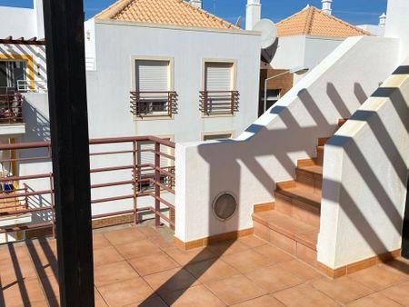 Amazing 2-bedroom apartment in Tavira