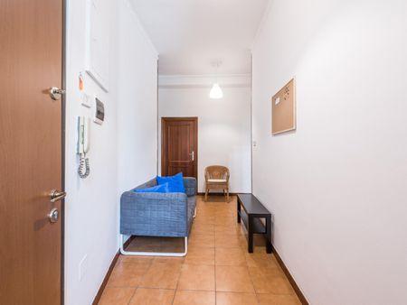 Cool double bedroom in a 4-bedroom flat near Policlinico di Bari