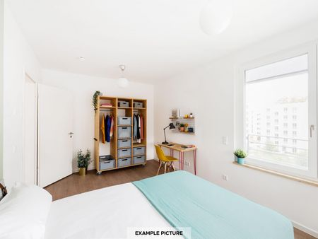 Neat and cosy double bedroom in Moabit