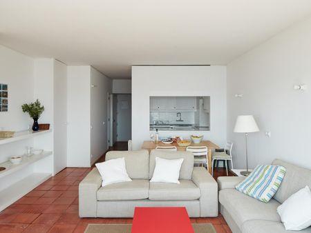 Elegant 3-bedroom apartment next to Praia da Califórnia