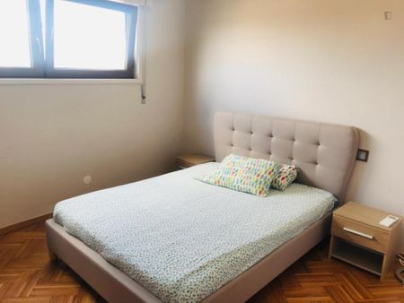 Pleasant 2-bedroom apartment near the General Torres train station