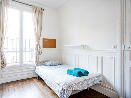 Comforts of Home - 131 Boulevard de Grenelle