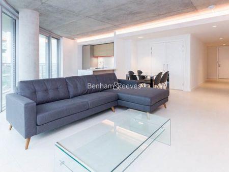 Hoola Apartments Royal Victoria E16