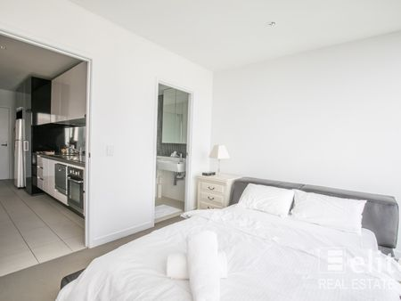 Apartment 3210/639 Lonsdale Street