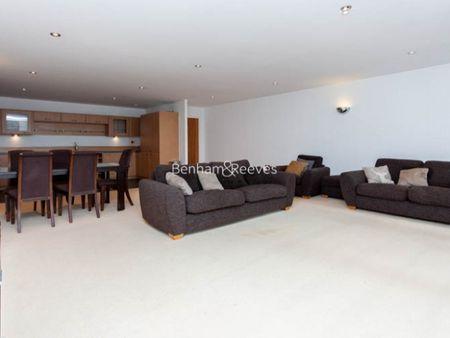 Marmara ApartmentsCanary WharfE16