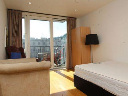 Chaplin Apartments, Sylvester Path E8 1EN