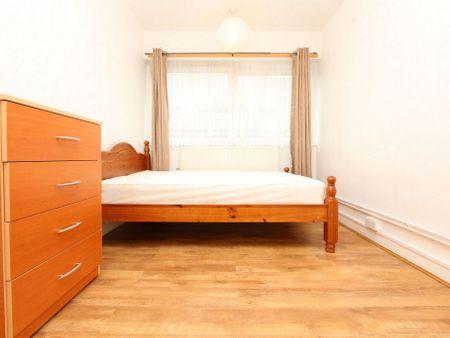 Clara Grant House,Mellish Street E14 8PH