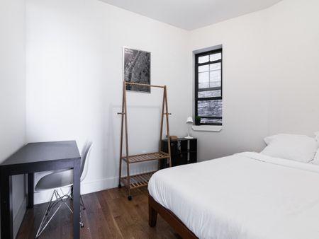 Bed-Stuy - 40 Malcolm X Boulevard