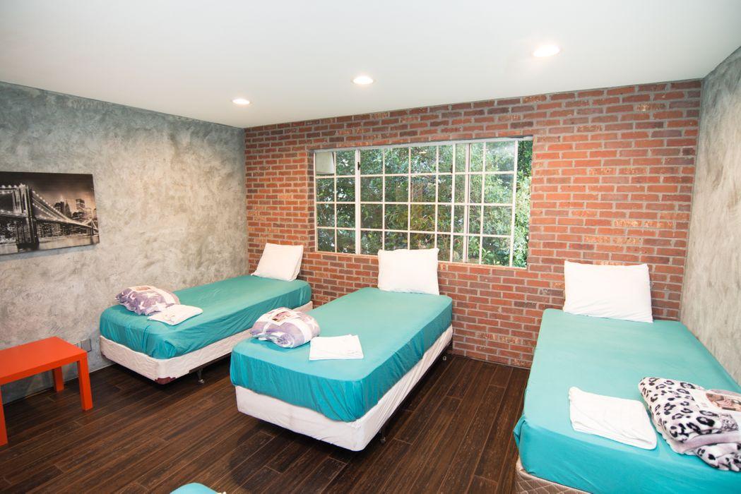 Ashton Apartments