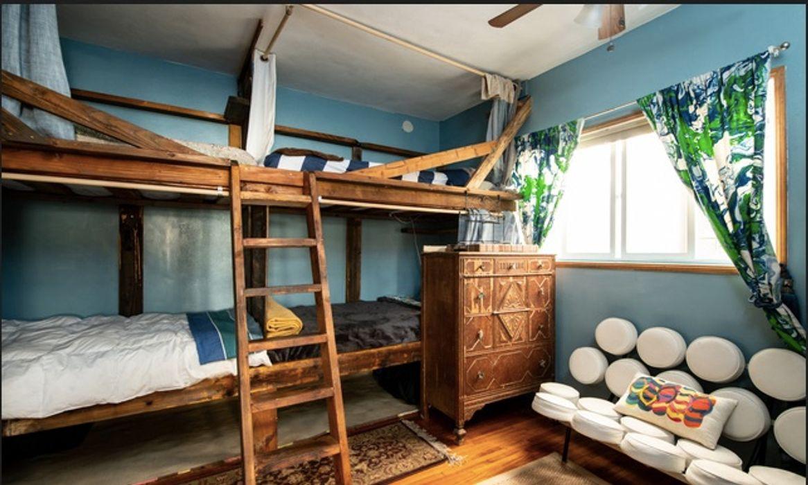 Venice Beach Nomad House Co-living