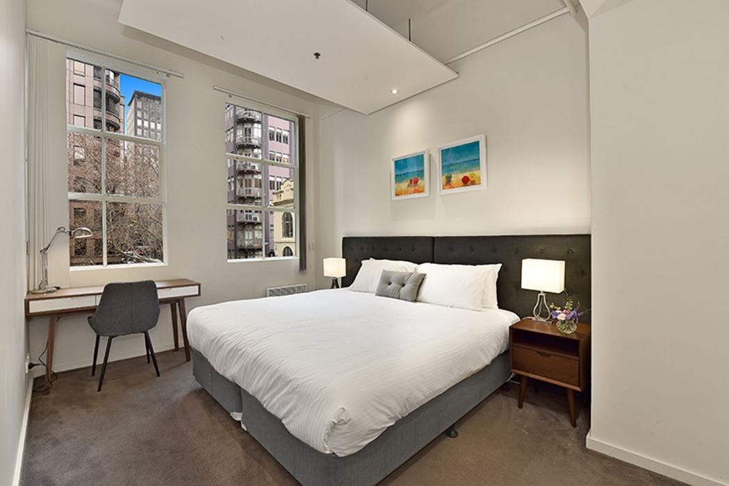Apartment Stays @ 377 Little Collins Steet
