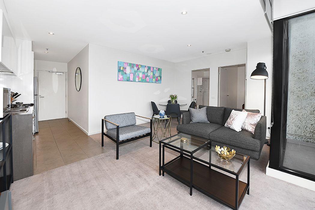 Apartment Stays @ 380 Little Collins Steet