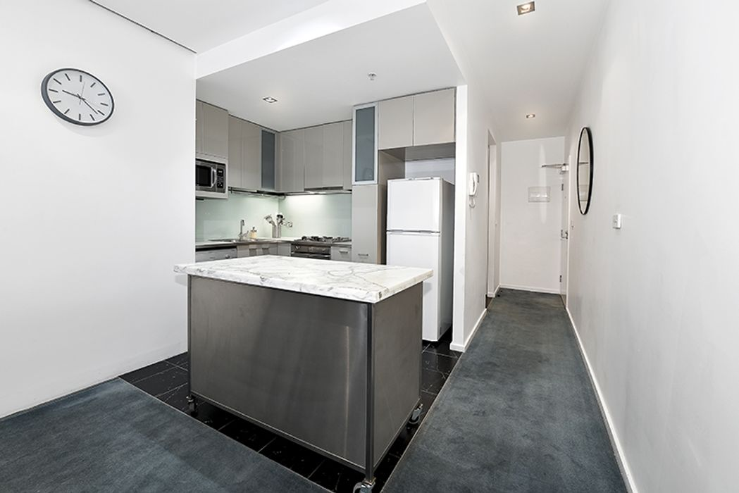 Apartment Stays @ 68 La trobe Street
