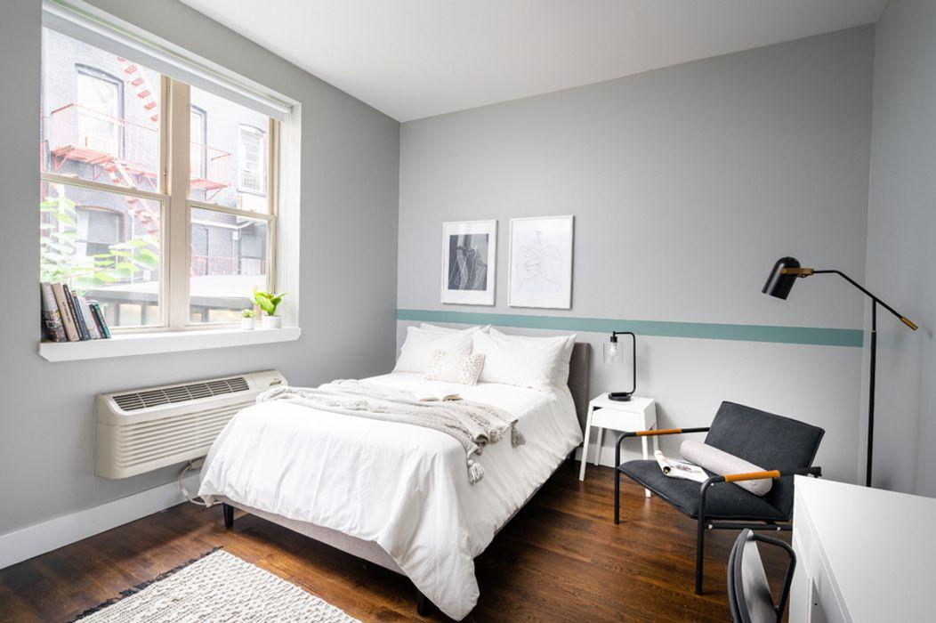141 Hart St Apartment 1
