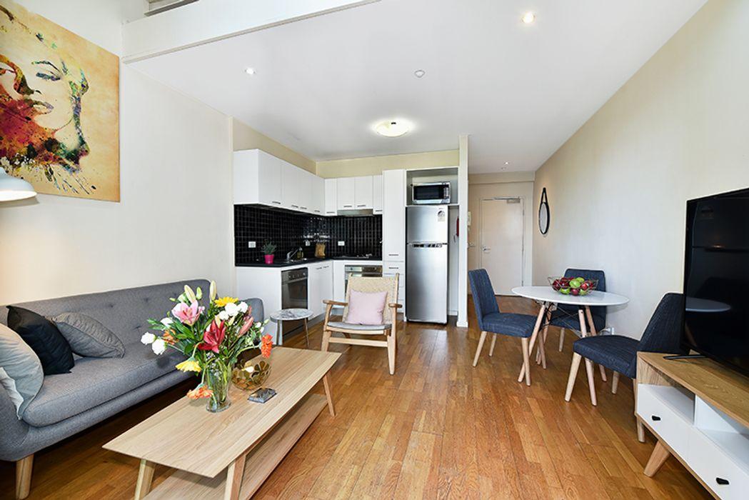 Apartment Stays @ 87 Franklin Street