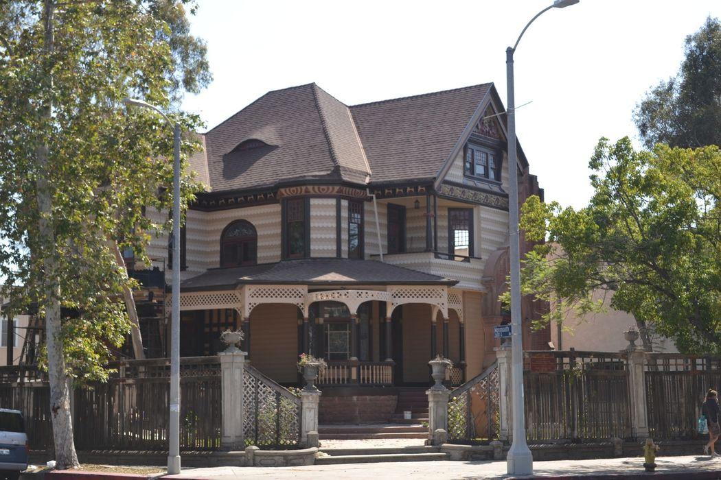 1140 W. Adams Blvd