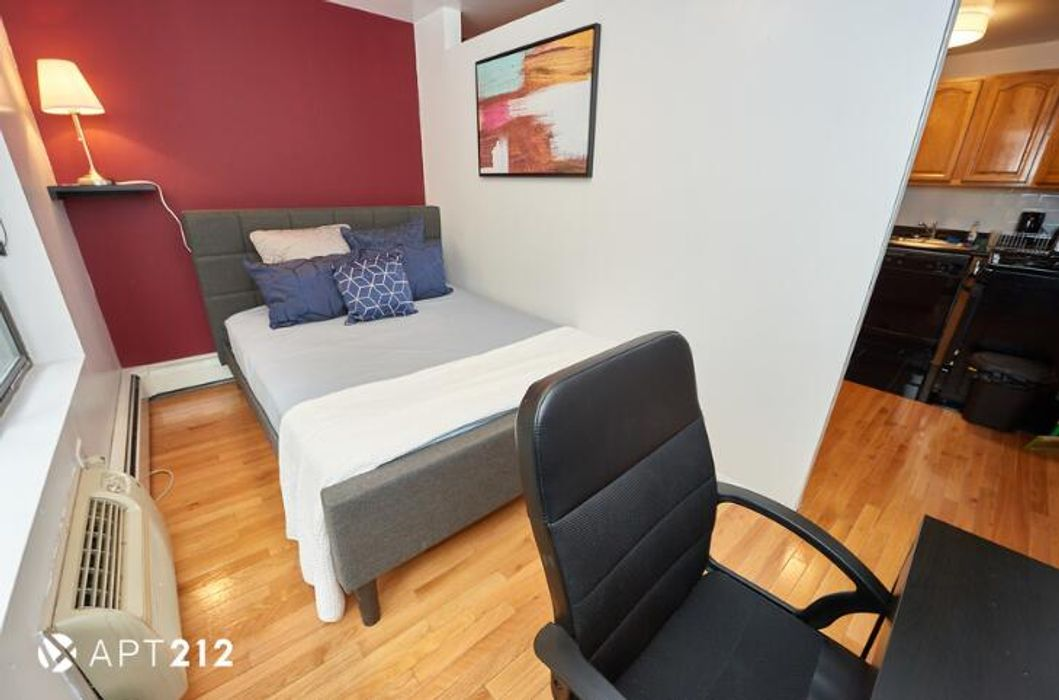Student accommodation photo for E 10th & 2nd Ave in East Village, New York