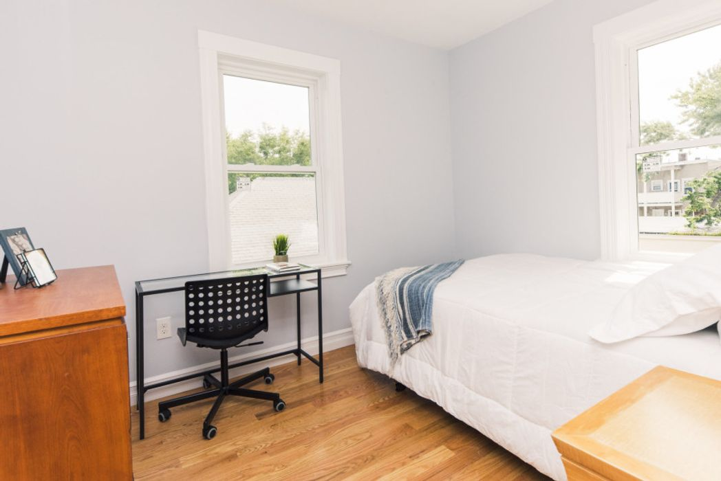 Student accommodation photo for 4 Durham Street in Cambridge, Boston
