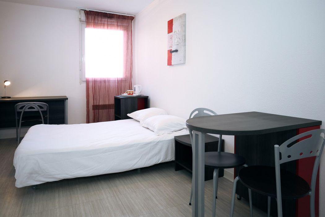 Student accommodation photo for Résidence Les Académies Aixoises in Jas de Bouffan, Aix-en-Provence