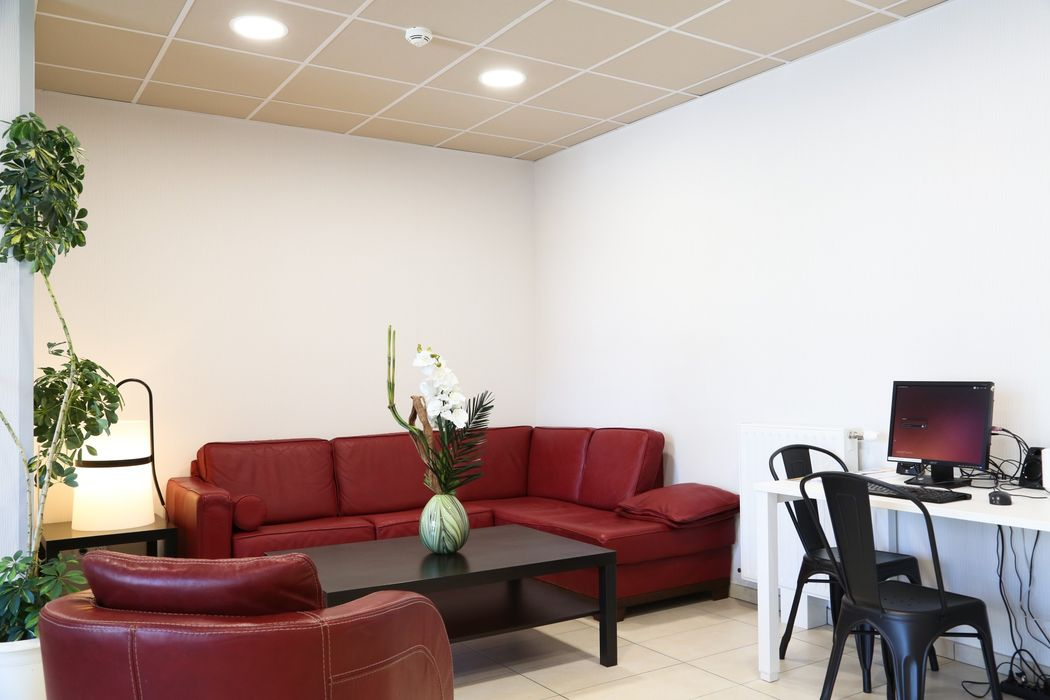 Student accommodation photo for West Lodge in Dardilly, Lyon