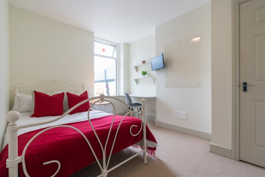 Student accommodation photo for 140 Mackintosh Place in Cardiff City & Waterfront, Cardiff