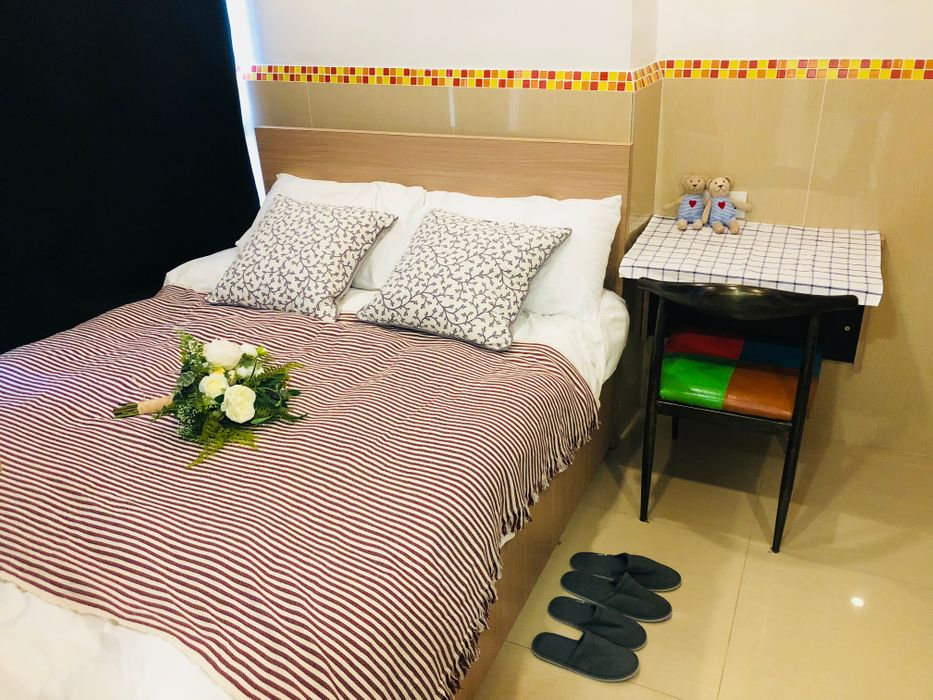 Student accommodation photo for Causeway Bay Mansion 6C in Causeway Bay, Hong Kong