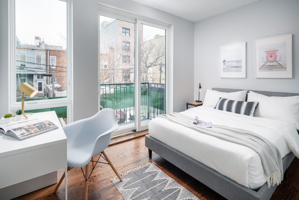 Student accommodation photo for 31 Troutman Street in Brooklyn, New York