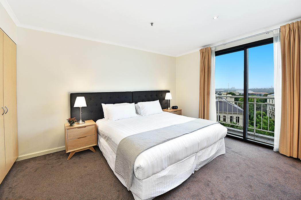 Student accommodation photo for Apartment Stays @ 10 Saint Andrews Place in North East Melbourne, Melbourne