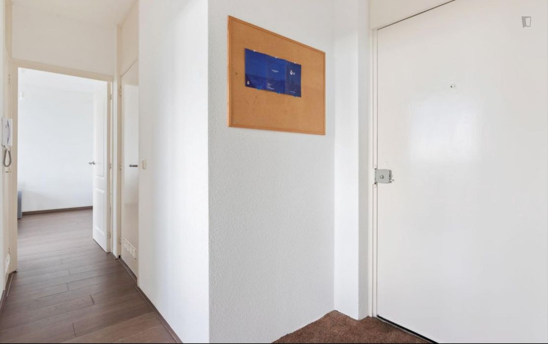 Bright double bedroom in Utrecht