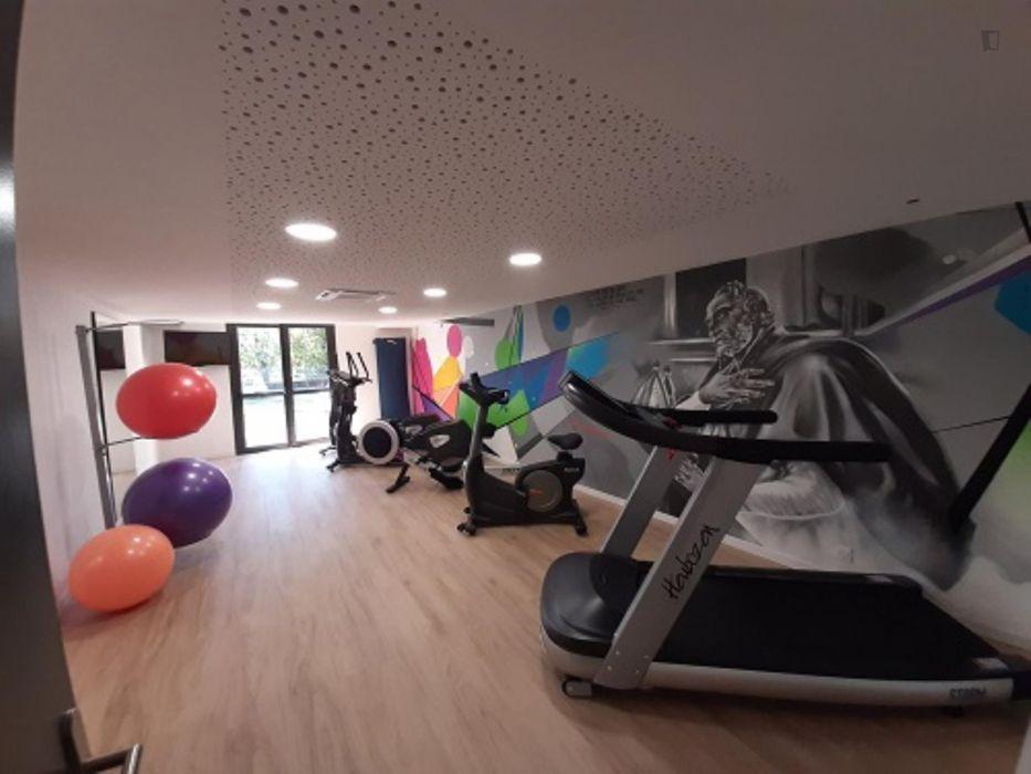 Modern studio in a residence, near the Carreire campus of Université de Bordeaux