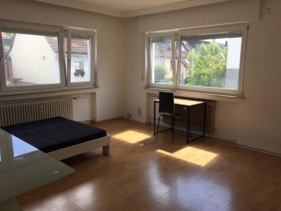Bright single bedroom in a shared flat in Böblingen, Böblingen Schafgasse bus stop