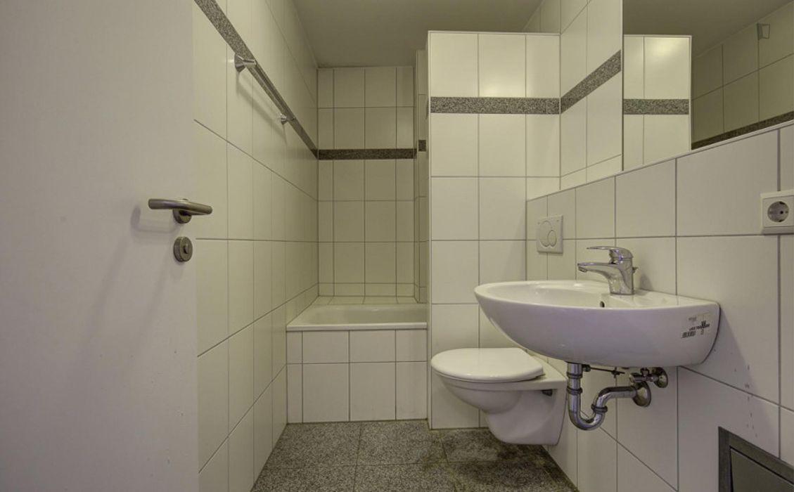 Single bedroom in Bad Cannstatt