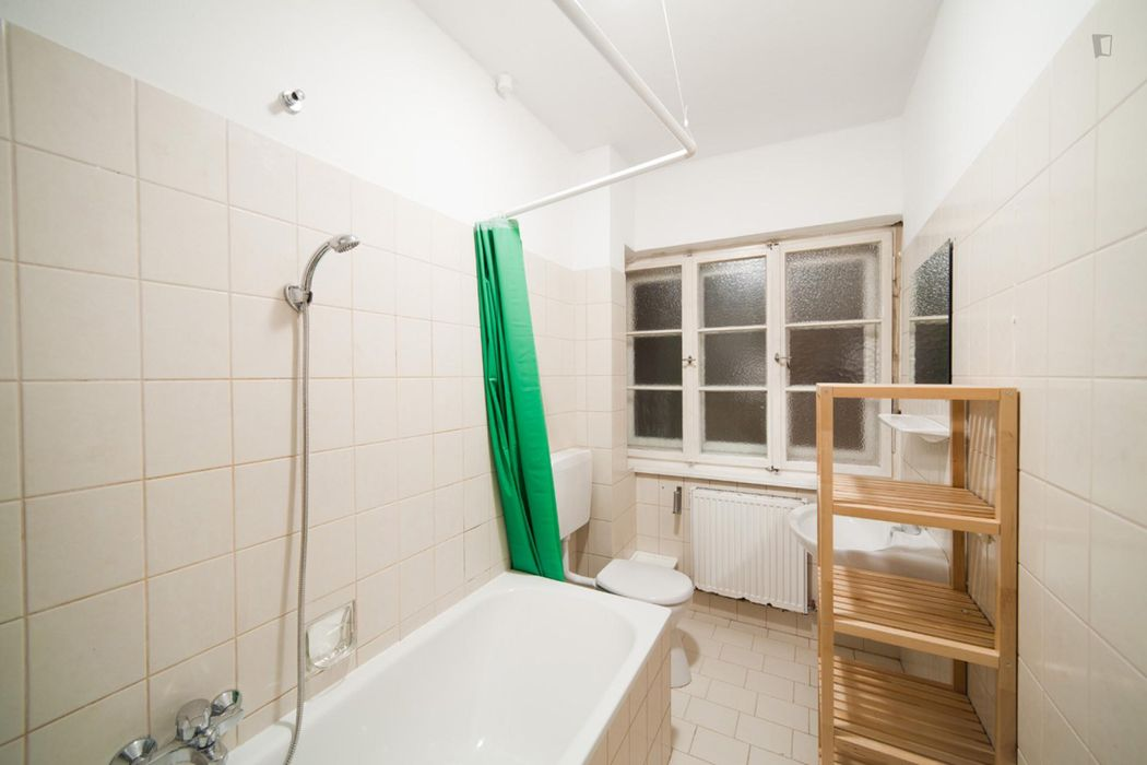 Roomy single bedroom near Technische Universität München