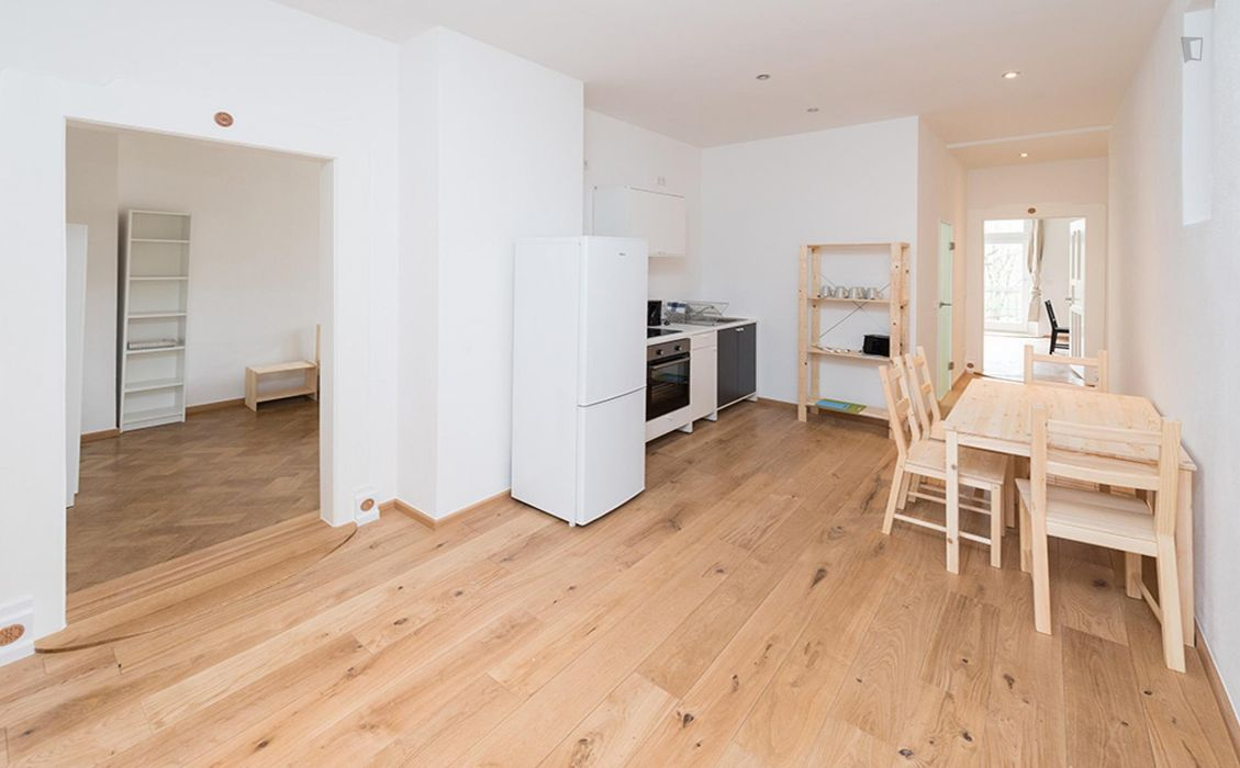 Elegant single bedroom close to the Goetheplatz metro station