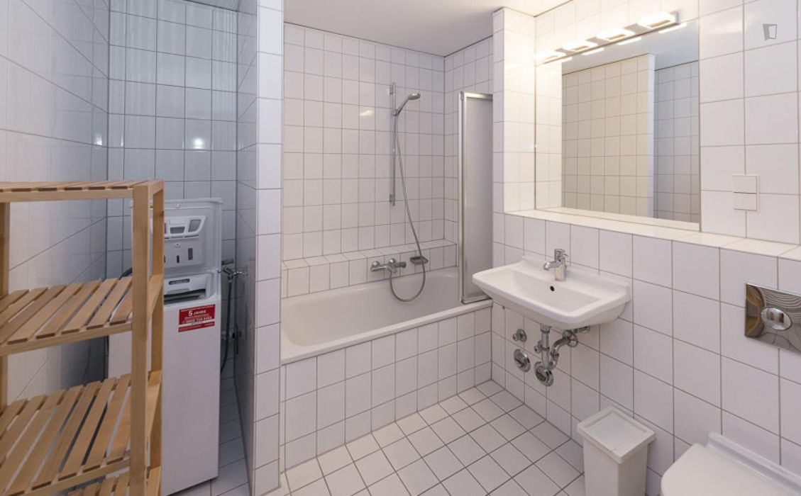 Beautiful single bedroom with balcony in a 2-bedroom apartment