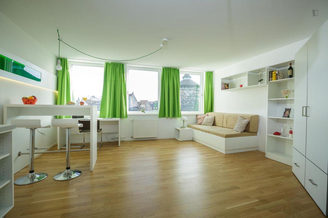 Amazing studio in a residence, in Himpfelshof